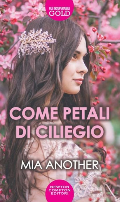 Come-petali-di-ciliegio-di-Mia-Another.jpg