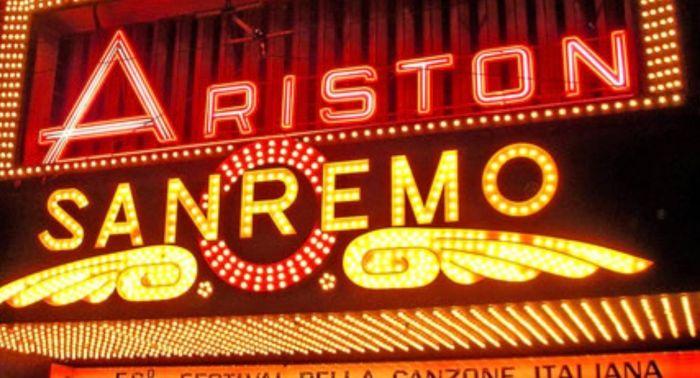 Scenografia-Sanremo-2020-Ariston-palco