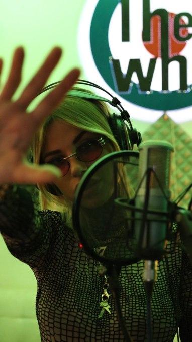 Zoe-Cristofoli-Microfono